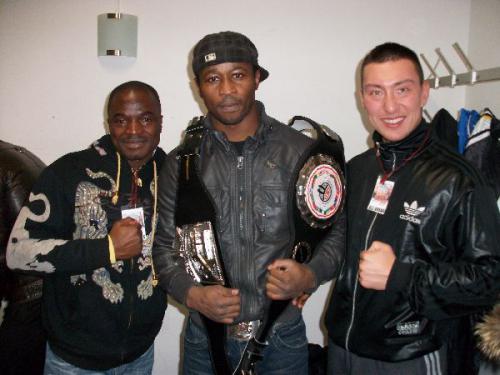 Stekos Fighter mit Lee Gym